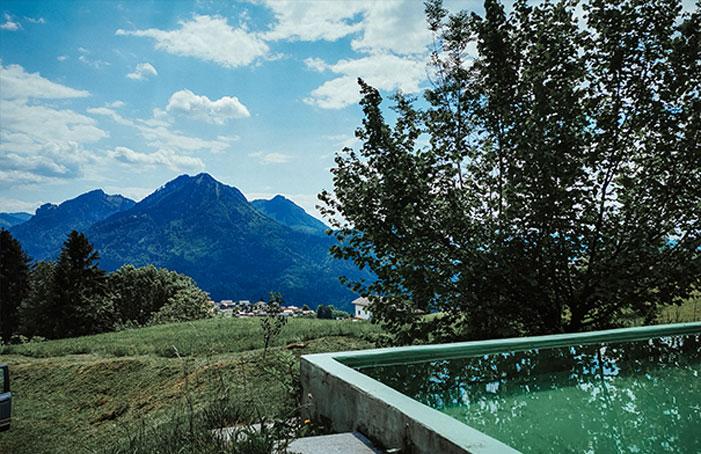 Schöne-Aussicht-vom-Pool