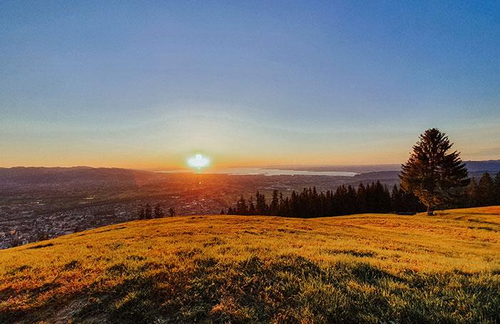 Sonnenuntergang-am-Berg